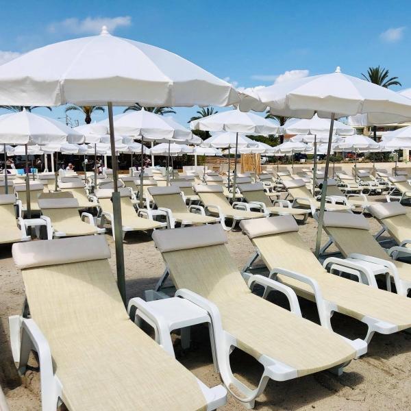 Plage Privée - Le Vieux Rocher - Restaurant Golfe Juan